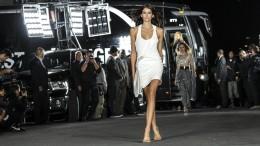 Kaia Gerber verzückt die Modewelt – obwohl sie hübsch ist