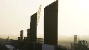 Wie texanische Grundbesitzer den Mauerbau verzögern
