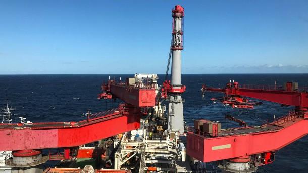 Schweizer Firma Allseas setzt Arbeit an Nord Stream 2 aus