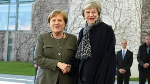 Merkel hält längere Verschiebung für möglich