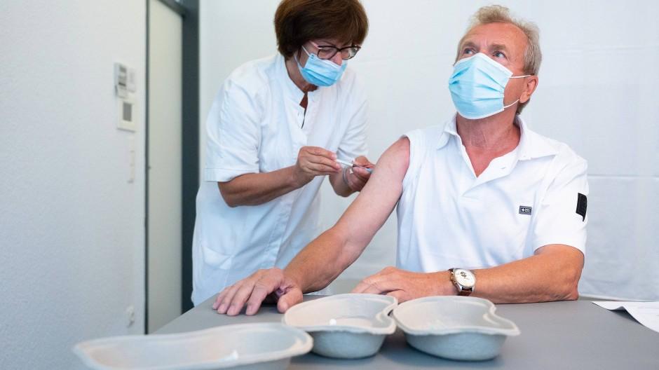 Impfung mit dem Vakzin von Astra-Zeneca