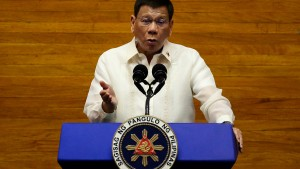 Wird Duterte nach Den Haag ausgeliefert?