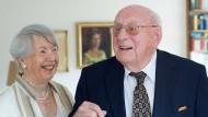 Hochzeit kriegsbedingt: Zwölf Tage nach dem Überfall der deutschen Wehrmacht auf Polen heirateten Charlotte und Ludwig Piller am 12. September 1939 in Memmingen. Er war damals Soldat und flog als Kampfpilot Hunderte Einsätze. Sie blieb in Memmingen, wo sie heute noch leben.