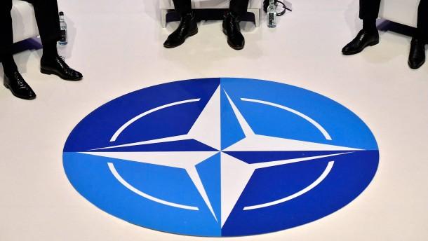Russland stellt Arbeit seiner NATO-Vertretung ein