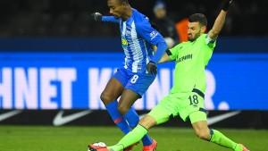 Schalke verspielt zwei Führungen