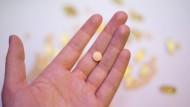 Rund und gelb wie die Sonne – doch macht Vitamin D in Tablettenform Sinn?