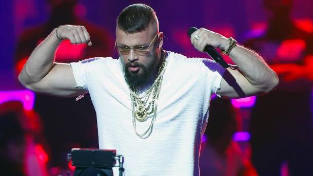 Rapper Kollegah zahlt Kaution für Kollegen
