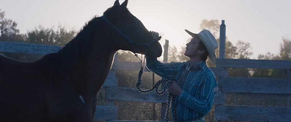 """Cowboy-Film """"The Rider"""": Damit lenkte Regisseurin Chloé Zhao alle Aufmerksamkeit auf sich. Im Bild: Brady Jandreau als Brady Blackburn."""