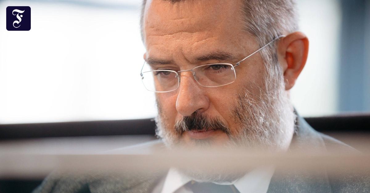 Verfassungsschutzchef von Thüringen hält Rechtsextremismus für das größte Problem