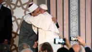 Papst trifft in Ägypten Großimam
