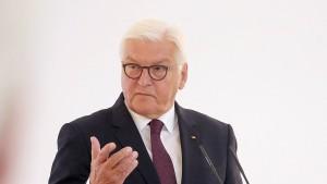 """Steinmeier fordert """"Solidarpakt der Wertschätzung"""""""
