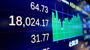 Börsentafel in New York: So hoch stand der Dax noch nie.