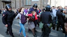 Hunderte Demonstranten in Russland festgenommen