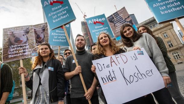 """250 Menschen demonstrieren gegen Arbeitskreis """"Juden in der AfD"""""""