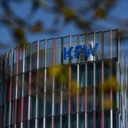 Betriebe, die KfW-Sonderkredite beantragen wollen, müssen sich zunächst an ihre Hausbank wenden.