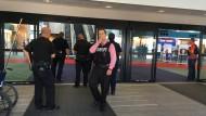 Polizeieinsatz nach mutmaßlichem Terrorangriff am Flughafen in Flint