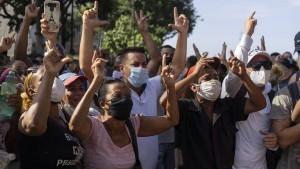 Kubas Regierung macht erste Zugeständnisse an Demonstranten