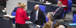 Auf ein Neues? Kanzlerin Merkel und der SPD-Vorsitzende Schulz.