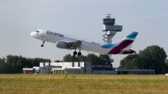 Eurowings fliegt oft von kleineren Flughäfen, hier in Hannover.