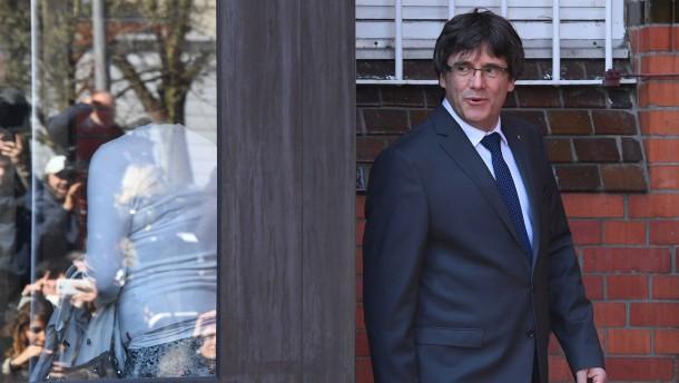Generalstaatsanwaltschaft will Auslieferung Puigdemonts