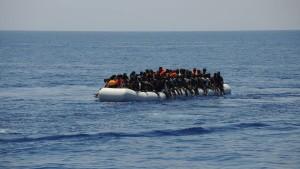 Italienisches Schiff soll gerettete Migranten nach Libyen gebracht haben
