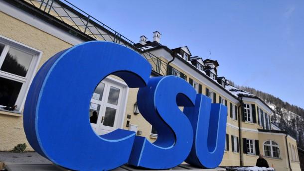 CSU will nationalen Parlamenten Veto-Recht gegen EU geben