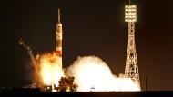 Drei Astronauten starten zur ISS