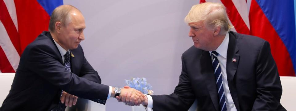 Madaxweyne Trump oo u Hambalyeeyay Madaxweyne Putin.