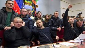 Neue Kiewer Führung sucht Bündnis mit Oligarchen