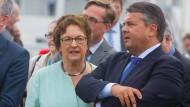 Die Staatssekretärin und ihr Minister: Brigitte Zypries und Sigmar Gabriel