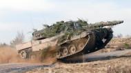 Bundeswehr könnte mehr Panzer behalten
