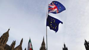 Eine Premierministerin, ein verkappter Brexiteer und ein Gentleman