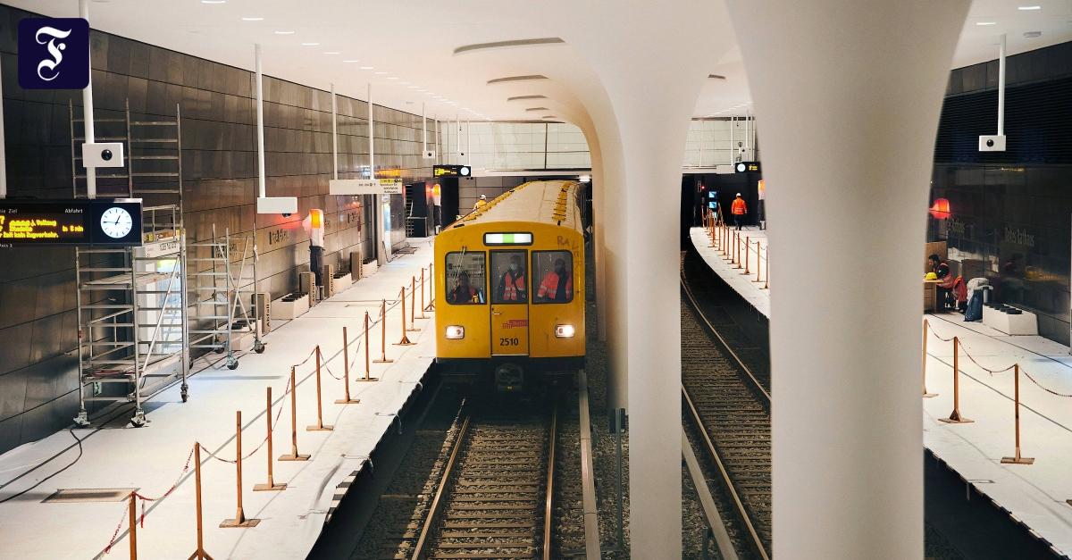 Der-Himmel-unter-Berlin-Die-U-Bahn-Linie-5-in-Berlin-ist-komplett
