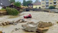 In Simbach an Inn zerstörten die Wassermassen alles, was ihnen in den Weg kam.