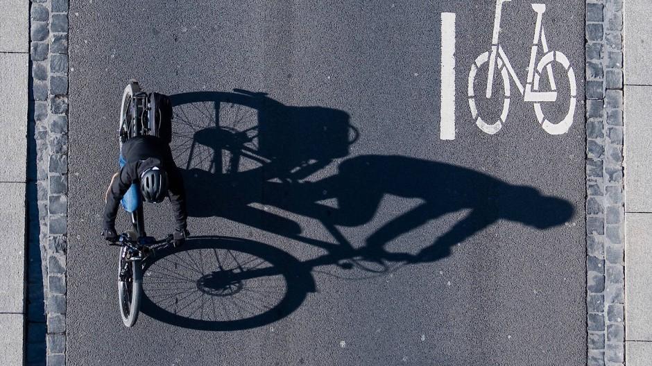 Mit dem Rad zur Arbeit: Einige Unternehmen beteiligen sich an den Kosten