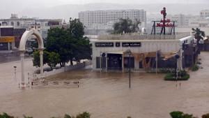 """Zyklon """"Shaheen"""" wütet im Iran und im Oman"""