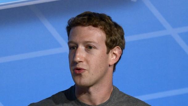 Zuckerbergs Kotau