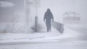 Schneesturm legt Teile Amerikas lahm