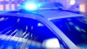 Mutmaßlicher Autodieb verletzt Hamburger Polizisten schwer