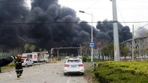 Nach der Explosion herrscht erstmal Schweigen