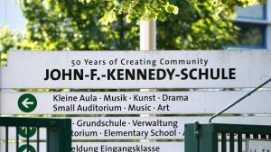 Giffey will Fachleute gegen religiöses Mobbing an Schulen schicken