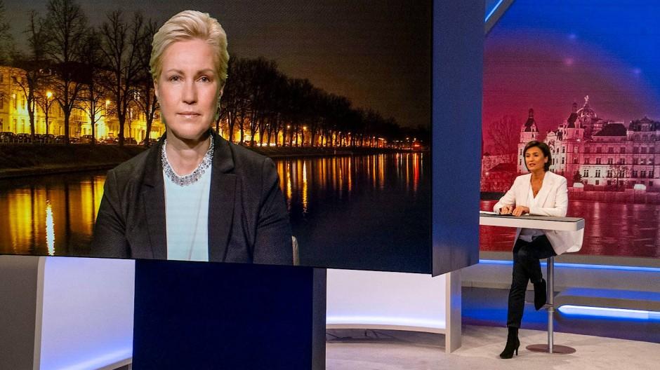 Schalte nach Schwerin: Manuela Schwesig im Gespräch mit Sandra Maischberger