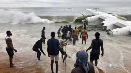 Mindestens vier Tote bei Flugzeugabsturz