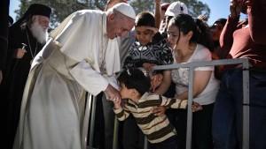 Papst Franziskus: KZ-Vergleich war kein Versprecher