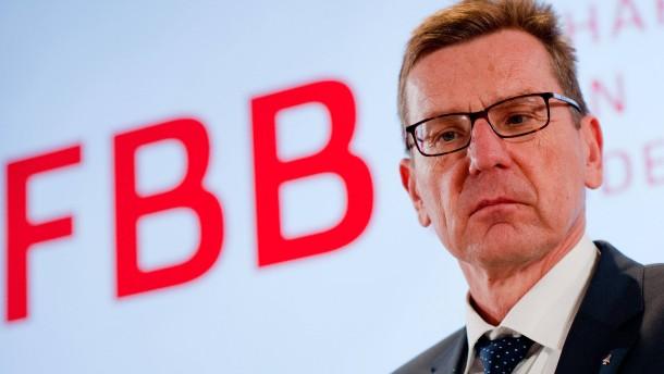 Berliner Flughafenchef übersteht chaotisches Krisentreffen - vorerst