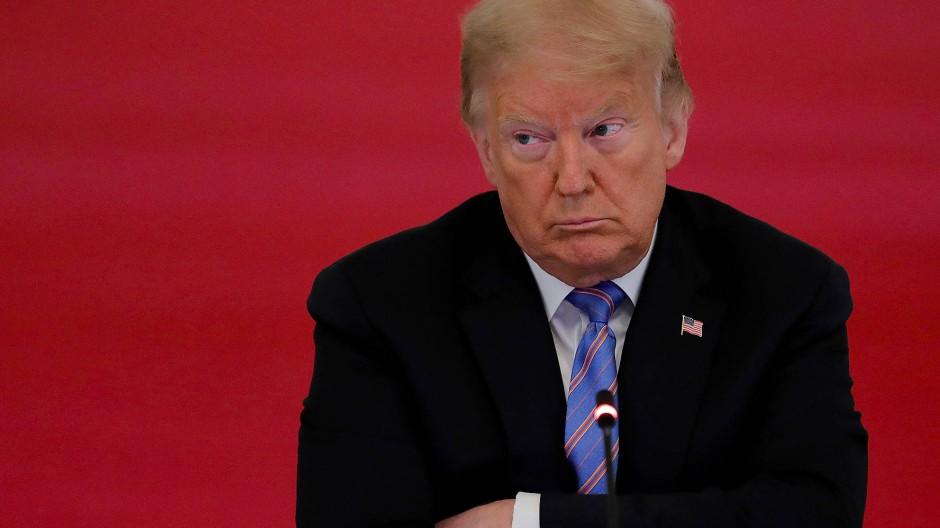Falschheiten: Trump ließ seine Sprecherin das Buch kommentieren.
