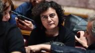 Mutter von Ministerin hebt 200.000 Euro ab