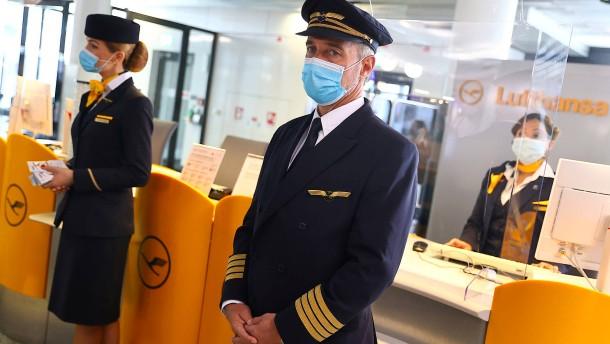 Lufthansa spricht sich für Impfpflicht für Flugpersonal aus