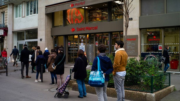 Französische Supermärkte zahlen Sonderprämien an die Mitarbeiter