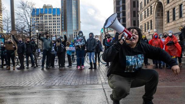 Abermals Afroamerikaner bei umstrittenem Polizeieinsatz getötet